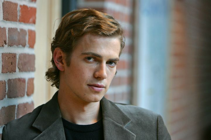 "Actor Hayden Christensen, who portrays Anakin Skywalker in the film ""Star Wars:Episode III - Revenge of the Sith,"" poses at Skywalker Ranch in San Rafael, Calif., Wednesday May 4, 2005. (AP Photo/Eric Risberg)"