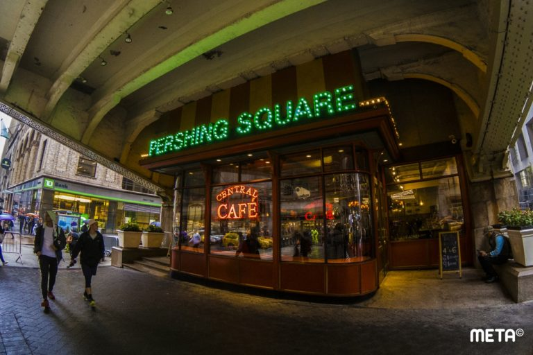PERSHING SQUARE: Un clásico neoyorkino frente a Grand Central