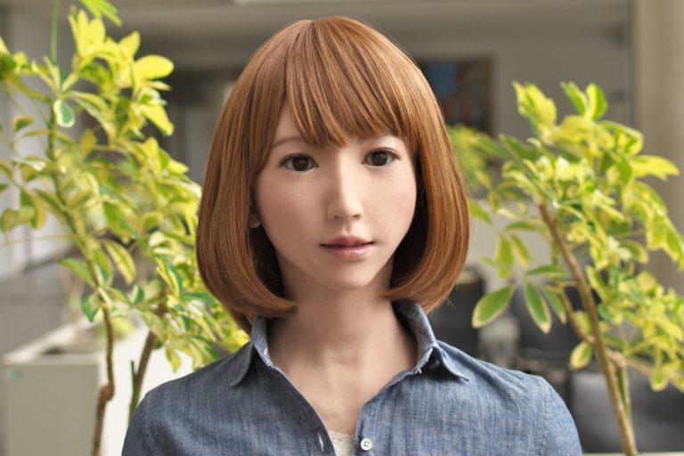 Conocé a ERICA la primera muñeca actriz.