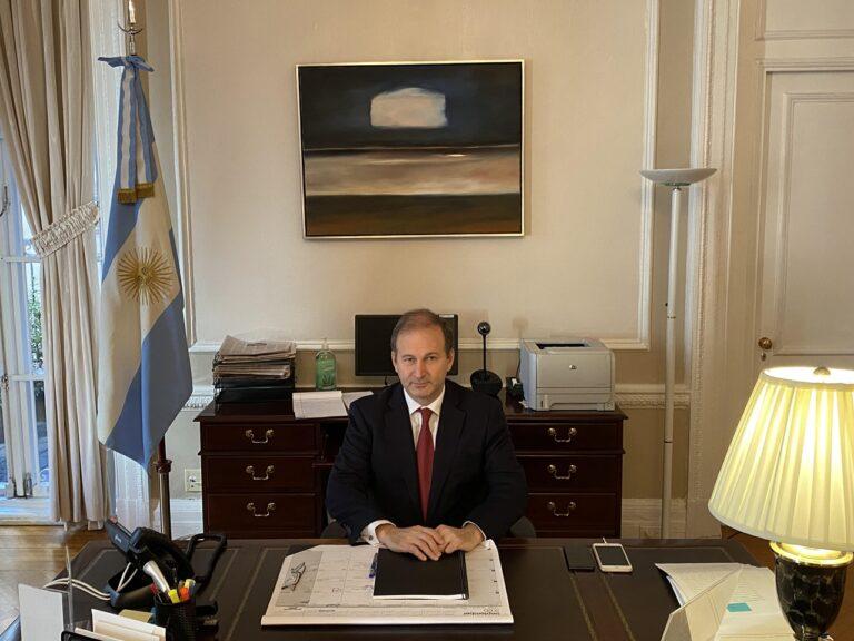 Entrevista con el nuevo cónsul argentino en New York, Santiago Villalba